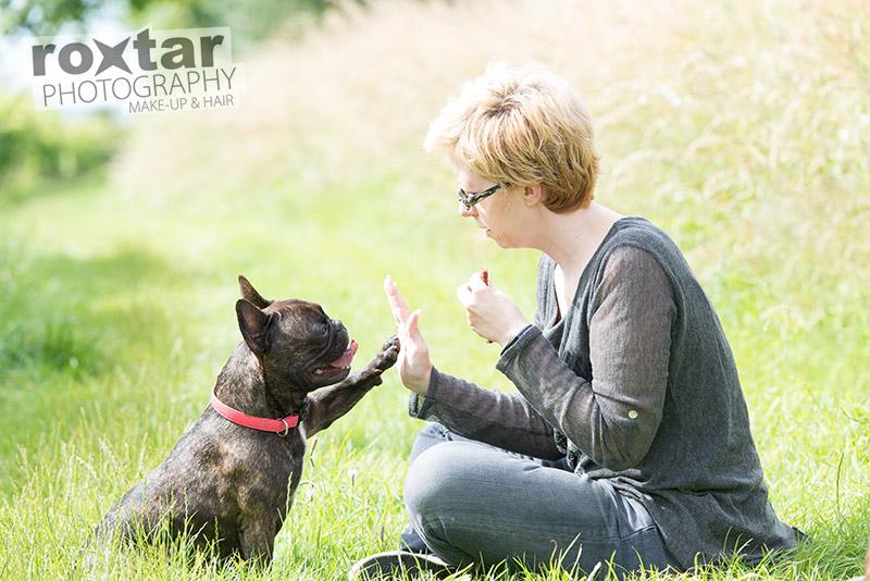 Hunde Shooting - Französische Bulldogge mit Frauchen © roxtar